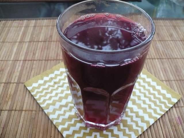 стакан с компотом