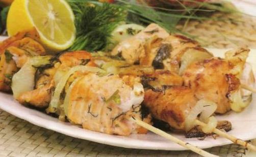 шашлык из рыбы в сметане