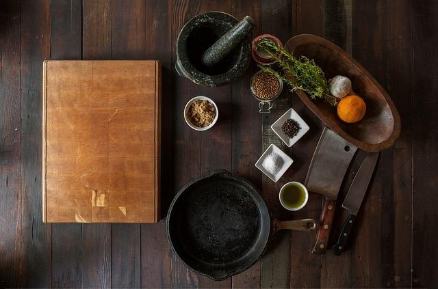 Чтобы рецепты не забыть, надо кулинарную книгу купить