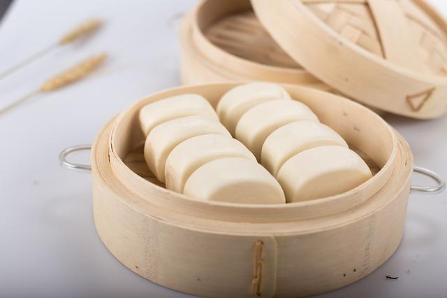 Малокалорийные паровые булочки с зеленым луком по-китайски